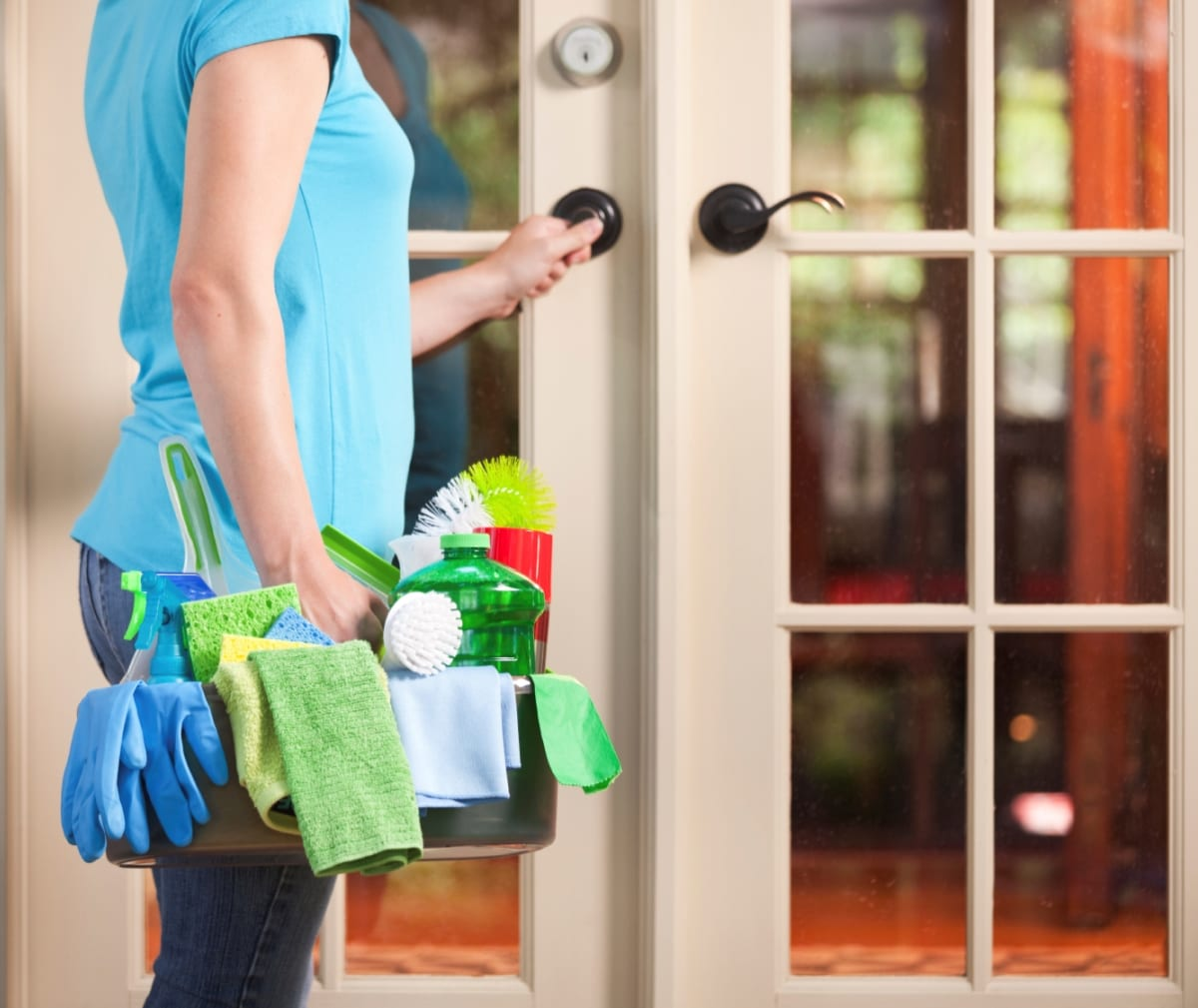 Considerations When Hiring a Cleaning Service